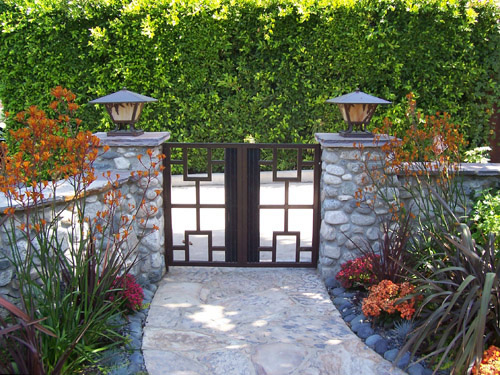Craftsman Style gate designs